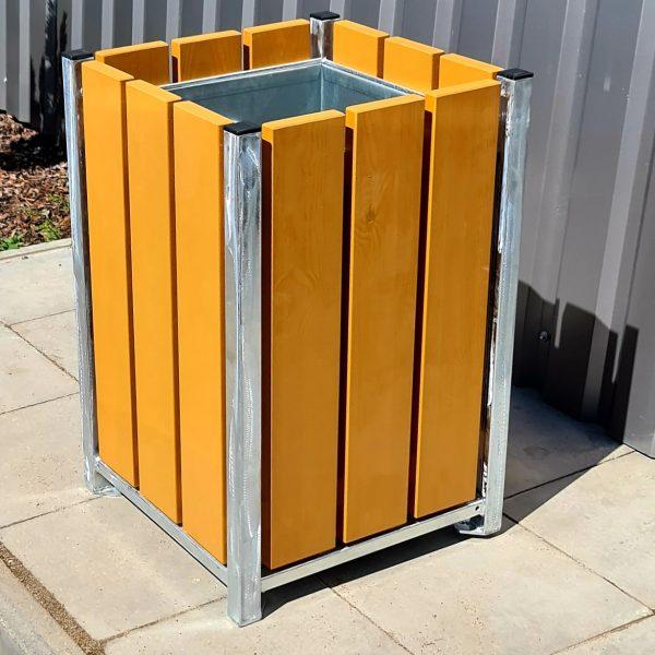 Atkritumu urna UK-2 (ar skārda ieliktni)