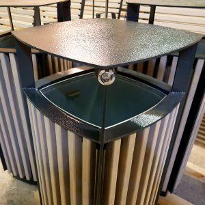 Atkritumu urna UM-14.2 (ar skārda ieliktni)